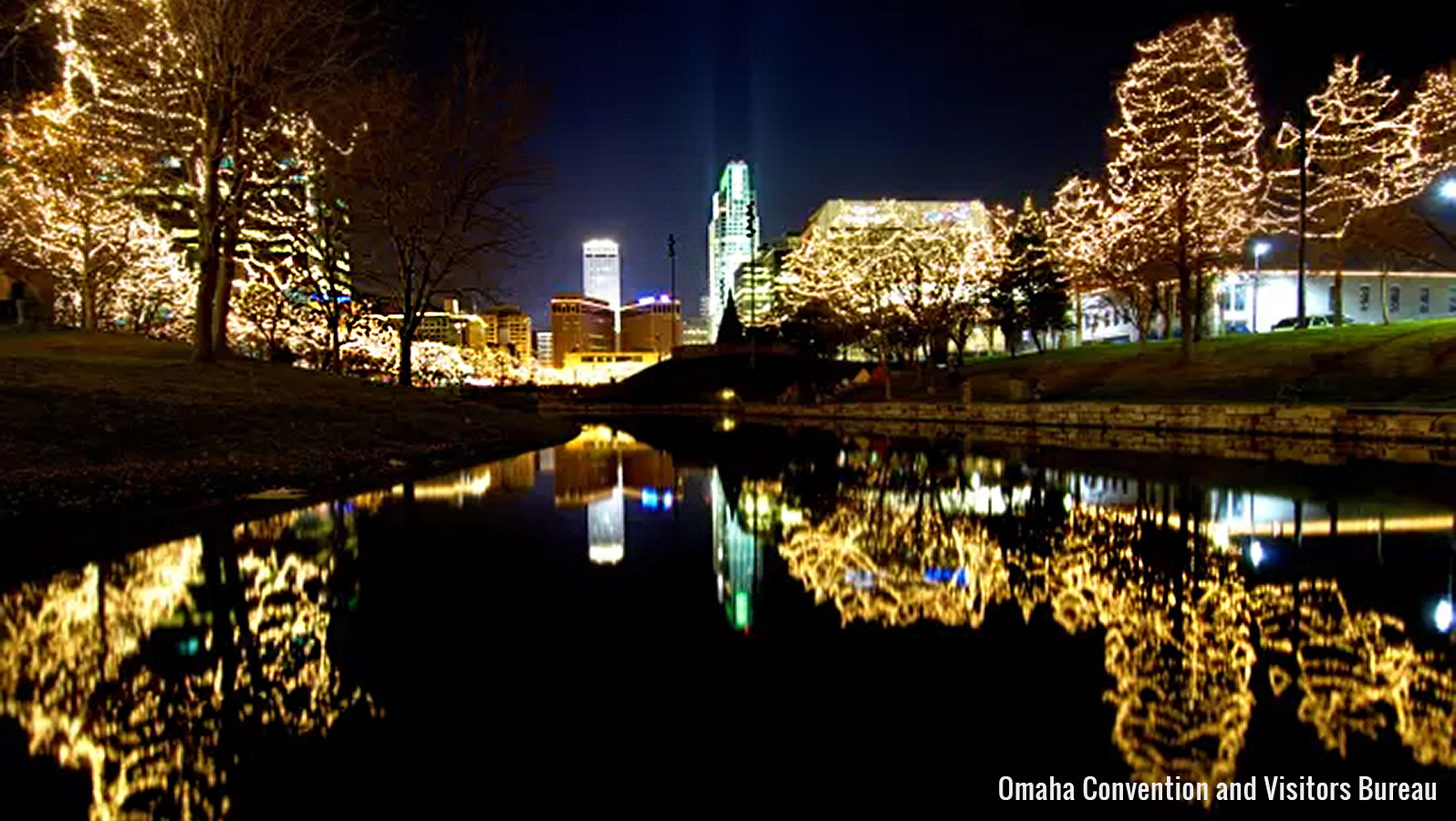 downtown Omaha holiday tree lights
