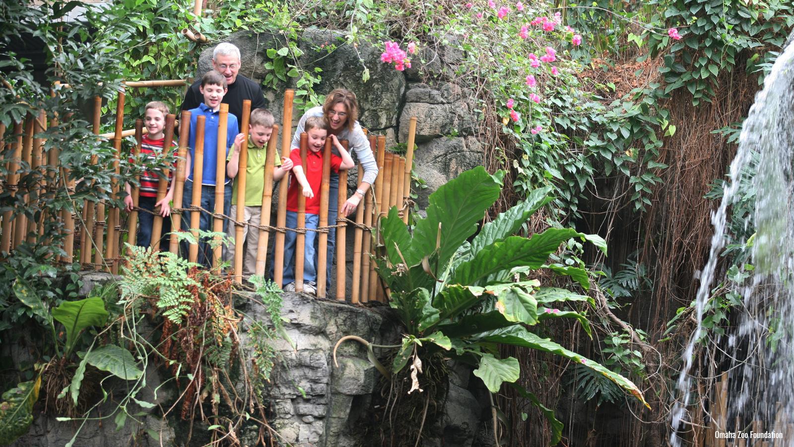 Children at Omaha Zoo