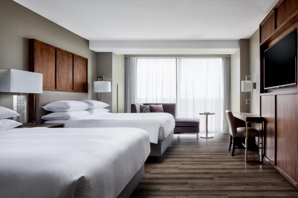 Omaha Marriott Rooms