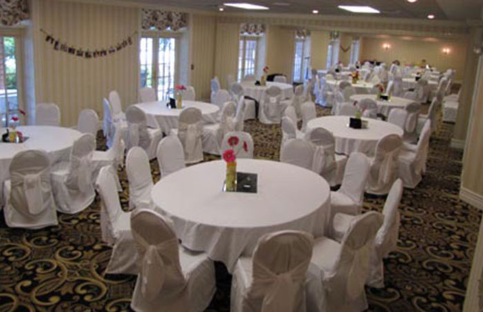 sandstone, wedding, venue, heidel house resort and spa, green lake wi