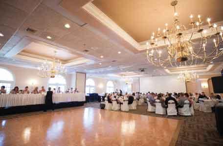 Wisconsin wedding venues outdoor wedding venues heidel house dartford ballroom junglespirit Choice Image