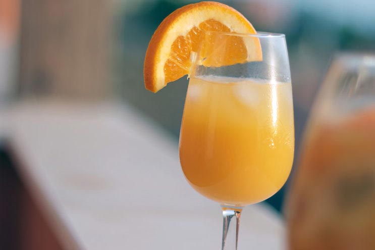 sunday brunch, breakfast buffet, mimosa, sunroom, heidel house resort, green lake wi