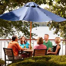 boathouse pub, outdoor dining, green lake wi