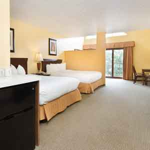 Green Lake Wi Hotel Rooms