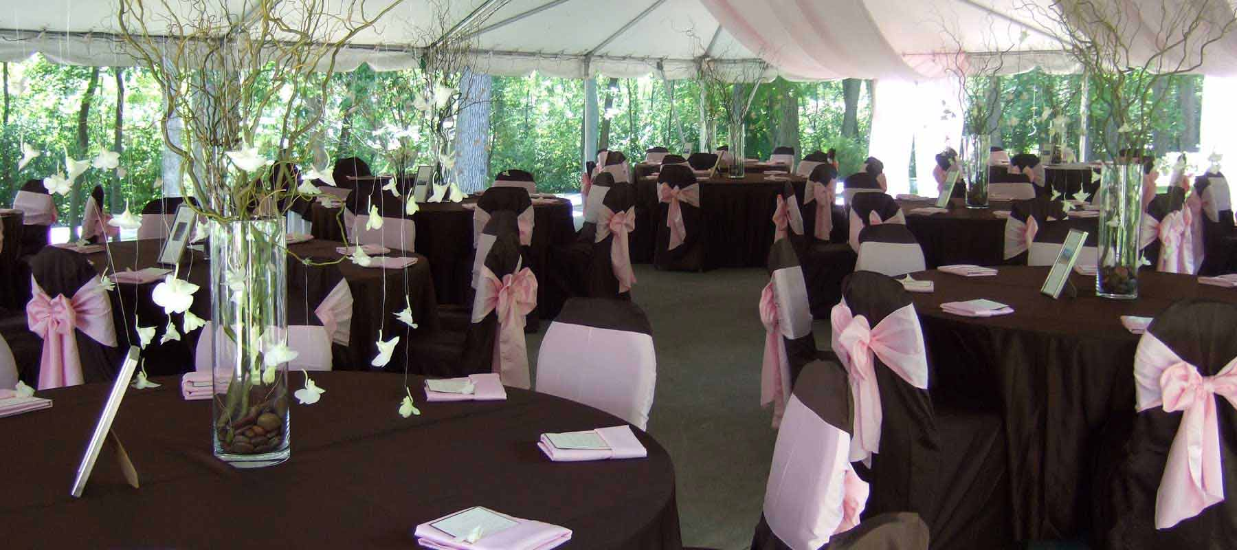 Carriage Tent Table Setting