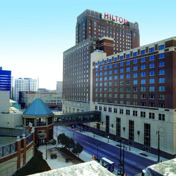 Hilton Milwaukee Exterior