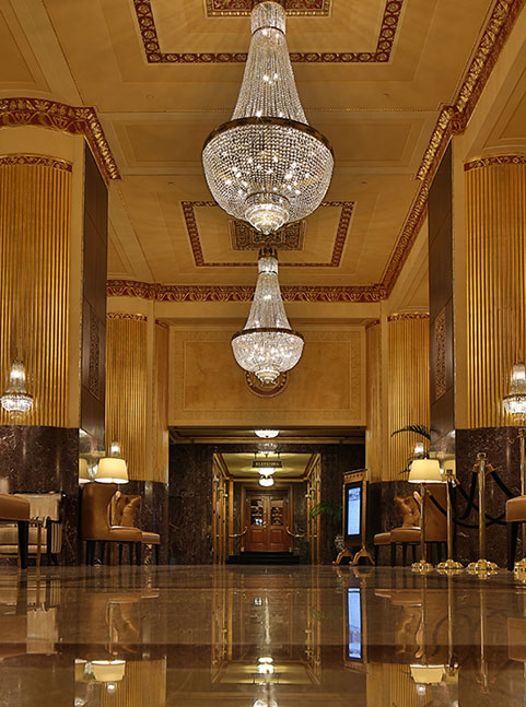 Hilton Milwaukee City Center Lobby