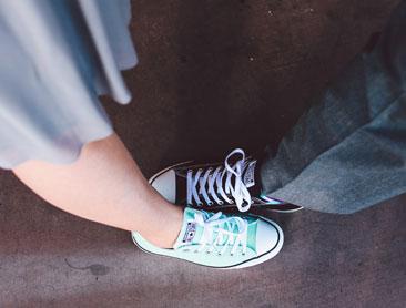 bride & groom in sneakers
