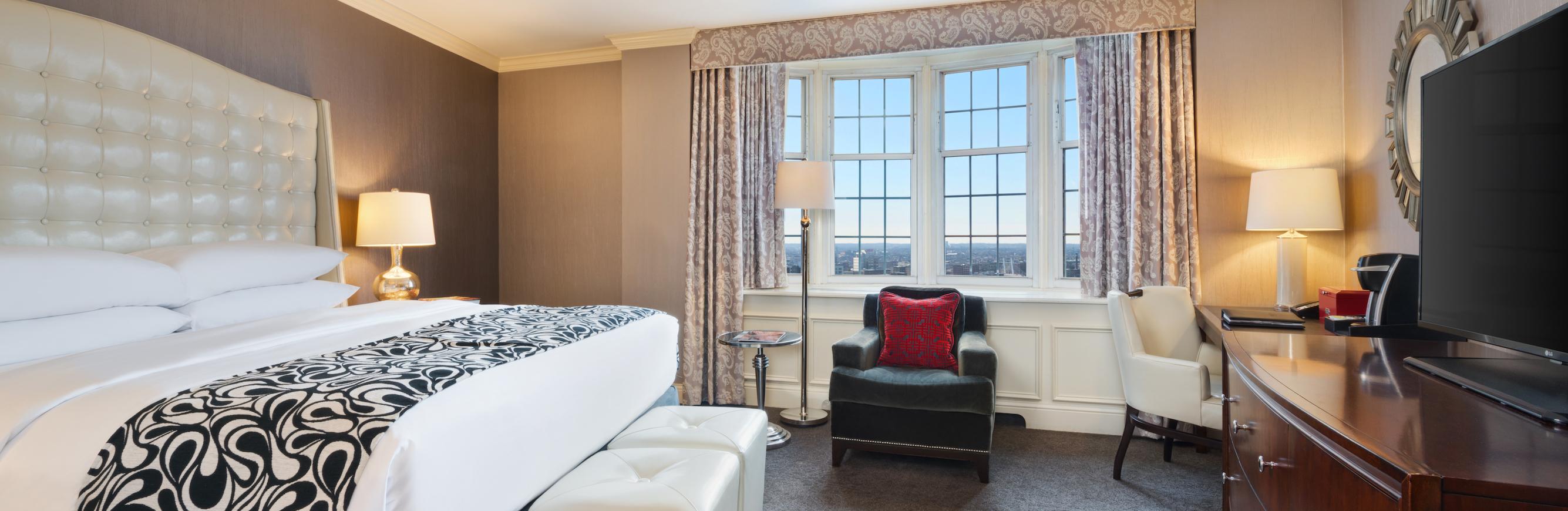 Pfister Hotel Accommodations in Milwaukee