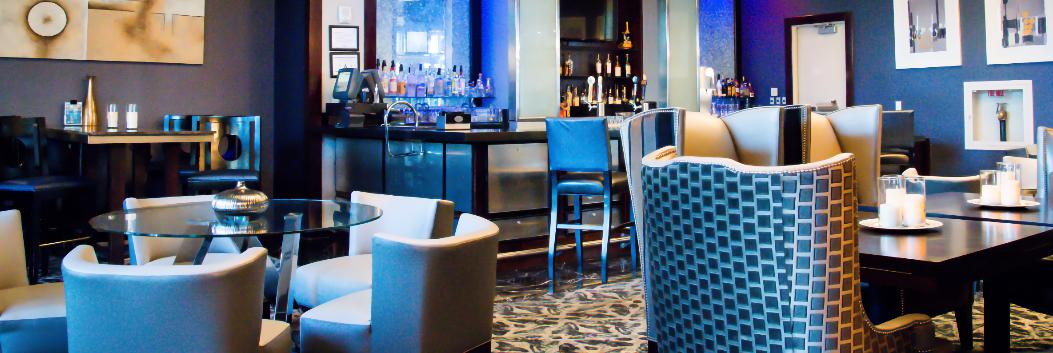 Casual hotel dining setup at Platinum Hotel in Las Vegas