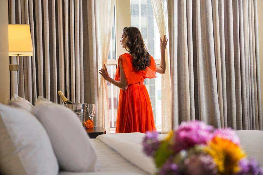 Skirvin Hilton hotel room