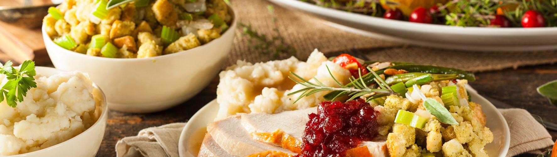 Thanksgiving Dinner at Smokey's
